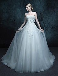 A-line Wedding Dress Chapel Train Strapless Tulle with