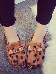 Women's Shoes Fleece Flat Heel Comfort / Round Toe Slip-on Outdoor / Casual Black / Gray / Animal Print