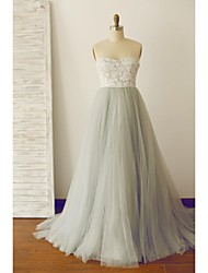 A-Line Strapless Sweep / Brush Train Lace Tulle Prom Formal Evening Dress with Lace
