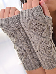Women Winter Twist Knitwear Fingerless Gloves , Casual