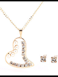 Delicate Gold Chain Pearl Pendant Heart Necklace with Stud Earrings Women's Jewelry set