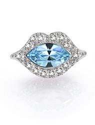925 Sterling Silver Fashion Lip Shape Crystal Stud Earring