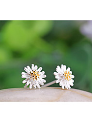 Lureme®  Korean Fashion Sweet 925  Sterling Silver Lovely Daisy Hypoallergenic Earrings