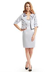 Sheath/Column Mother of the Bride Dress - Knee-length Half Sleeve Satin