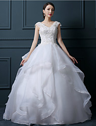 Ball Gown Wedding Dress - White Floor-length V-neck Tulle
