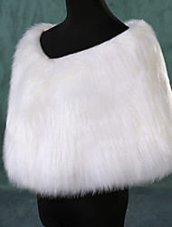Fur Wraps Shrugs Sleeveless Faux Fur White Party/Evening Feathers / fur Clasp
