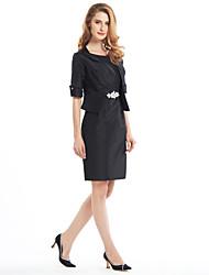 Sheath/Column Mother of the Bride Dress - Knee-length Half Sleeve Taffeta