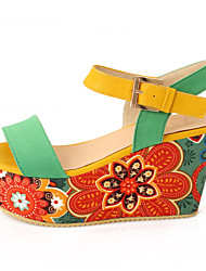 Women's Summer Wedges / Heels Fleece / Leatherette Dress / Casual Wedge Heel Buckle / Split Joint Black / Yellow / Green