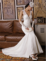 Mermaid / Trumpet V-neck Sweep / Brush Train Lace Wedding Dress with Beading Appliques by JUEXIU Bridal