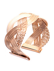 Fashion Individuality Twist Alloy Bracelet