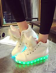 DamenOutddor Lässig Sportlich-Kunstleder-Flacher Absatz-Light Up Schuhe-Weiß