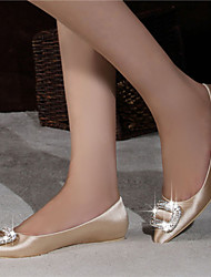 Women's Shoes Satin Flat Heel Ballerina / Pointed Toe / Closed Toe Flats Office/ Dress / Casual Red / Champagne