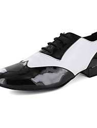 Customizable Men's Dance Shoes Latin / Dance Sneakers / Modern / Salsa Leatherette Flat Heel Black / White