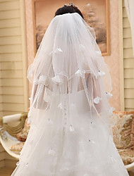 Wedding Veil Three-tier Fingertip Veils Cut Edge / Pencil Edge Tulle Beige
