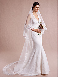 Romantic One-tier Lace Applique Edge Wedding Veil  Chapel Veils