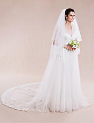 Wedding Veil Three-tier Elbow Veils / Fingertip Veils / Chapel Veils / Cathedral Veils Lace Applique Edge
