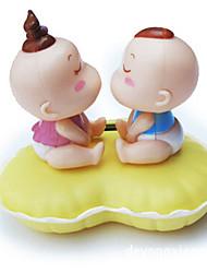 deux poupées décoration de voiture