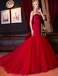 Formal Evening Dress Fit & Flare Sweetheart Cathedral Train Satin / Tulle with Beading / Bow(s) / Pearl Detailing