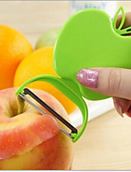Kitchen Tool Apple-Shaped Plastic Foldable Fruit Peeler(Random Color)