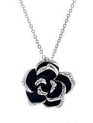 Necklace Pendant Necklaces / Pendants Jewelry Wedding / Party / Daily / Casual Fashion Alloy / Rhinestone Gold / Silver 1pc Gift