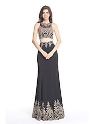 Formal Evening Dress Trumpet / Mermaid Jewel Floor-length Satin with Appliques / Lace