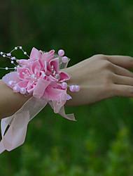 Petit bouquet de fleurs au poignet(Rose,Satin / Tulle)Roses