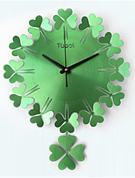 Lucky Grass Fashion Art Wall Clock