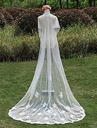 Wedding Veil One-tier Chapel Veils Lace Applique Edge Tulle / Lace Ivory