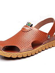 MasculinoConforto Buraco Shoes-Rasteiro-Marrom-Couro-Ar-Livre Escritório & Trabalho Social Casual Para Esporte