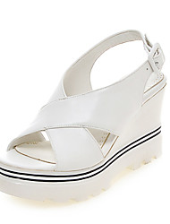 женская обувь клин пятки клинья / Платформа / открытый носок сандалии офис&карьера / платье / вскользь черный / белый
