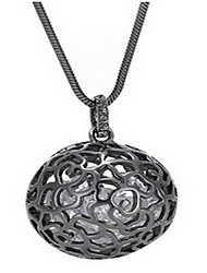 Exquisite Crystal Hollow Ball Pendant Necklace Jewelry for Lady