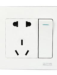 el interruptor 220v utilizado en el apartamento u hotel