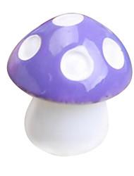 os ornamentos de cogumelos simulação em miniatura (cor aleatória)