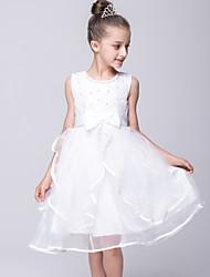 2017, une ligne robe longueur genou fille fleur - organza / satin sans manches bijou avec un arc (s)