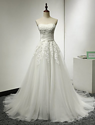 A-line Wedding Dress Sweep / Brush Train Strapless Tulle with Appliques / Ruche