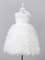 Ball Gown Knee-length Flower Girl Dress - Organza / Satin / Polyester Sleeveless Jewel with Bow(s) / Embroidery