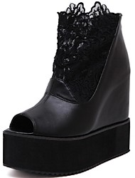 женская обувь шелковые летние клинья / открытые сандалии пальца ноги платье цветок клин пятки черный / белый