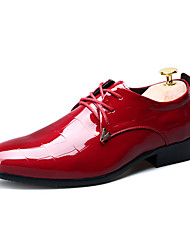 Men's Flats Spring / Fall Pointed Toe / Flats Patent Leather Party & Evening / Casual Flat Heel  Black / Red