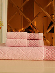 Oblique Suction Box Set Of Diamond 100% Cotton Towels