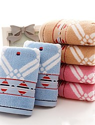 """1 Piece Full Cotton  Hand Towel 29"""" by 13"""" Geometric Pattern Super Soft"""