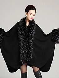 Women's Casual/Daily Simple Cloak/Capes,Solid V Neck Long Sleeve Winter Black Faux Fur Thick