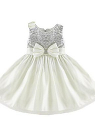 Ball Gown Knee-length Flower Girl Dress - Tulle / Sequined Sleeveless Jewel with Bow(s) / Flower(s) / Sequins