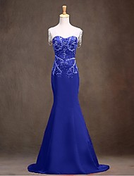 Formal Evening Dress - Sparkle & Shine Trumpet / Mermaid V-neck Sweep / Brush Train Satin with Beading