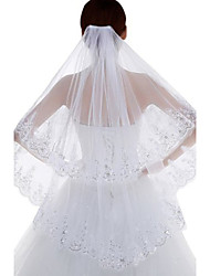 Wedding Veil Two-tier Fingertip Veils Lace Applique Edge Tulle / Lace White / Ivory