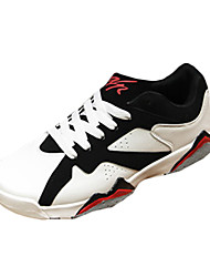 Men's Sneakers Spring / Fall Comfort / Round Toe PU Athletic Flat Heel Lace-up Black / White / Black and Red Basketball