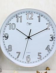 Modern/Contemporary Family Wall ClockRound Aluminum 12 INCH Indoor Clock