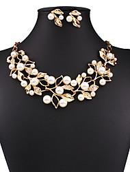 Набор украшений Ожерелье / серьги Мода европейский Сексуальные платья Золотой Серебряный Ожерелья Серьги ДляСвадьба Для вечеринок