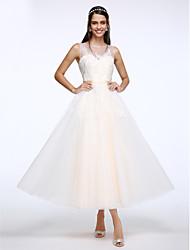Lanting Bride® Linha A Vestido de Noiva Até o Tornozelo Decote em U Tule com Com Apliques / Botão
