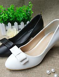 Damen-High Heels-Outddor-Leder-Blockabsatz-Modische Stiefel-Schwarz / Weiß