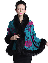 Women's Going out Party Cocktail Boho Sophisticated Regular Cloak / Capes,Floral Knitting Shawl Lapel ¾ Sleeve Faux Fur